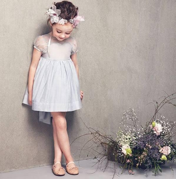 Bé gái 7 tuổi bị bạn bè tẩy chay vì mặc đồsang chảnh, người mẹ bừng tỉnhsở thích của mình đã tổn hại đến con-4