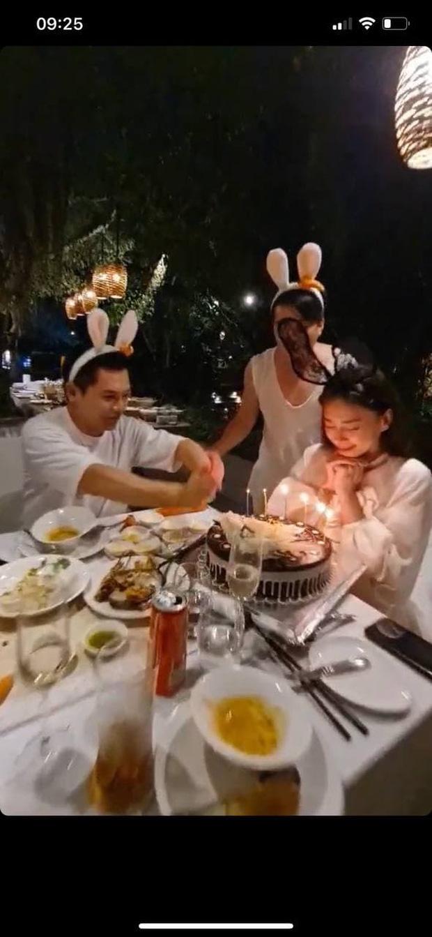 Ngô Thanh Vân công khai kề cận Huy Trần, ra mắt Xuân Lan - Jun Phạm và hội bạn sao Vbiz trong tiệc sinh nhật hoành tráng-4