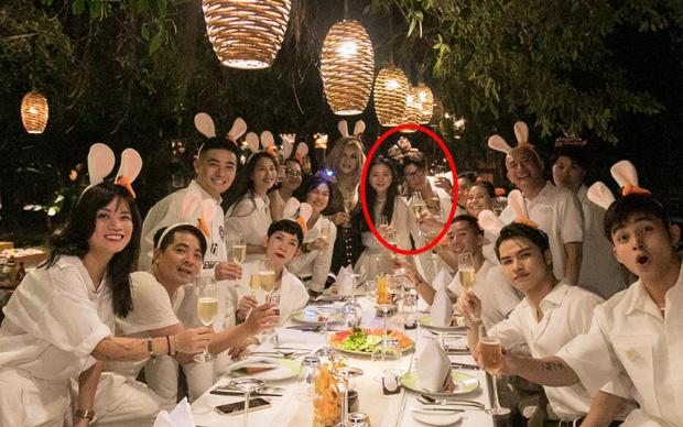 Ngô Thanh Vân công khai kề cận Huy Trần, ra mắt Xuân Lan - Jun Phạm và hội bạn sao Vbiz trong tiệc sinh nhật hoành tráng-1