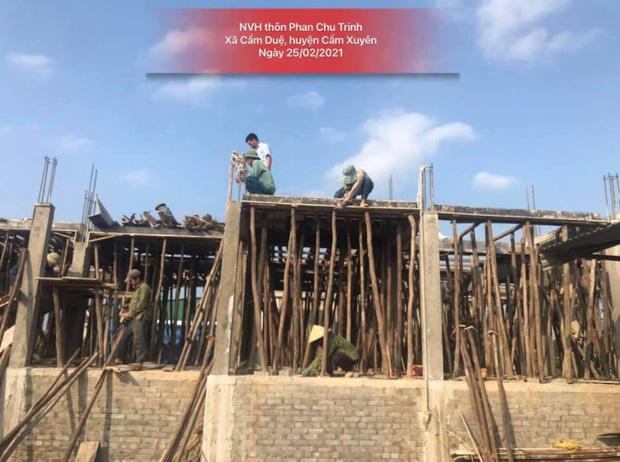 Thuỷ Tiên công bố hình ảnh xây dựng 10 nhà chống lũ cho bà con miền Trung, kinh phí trích từ quỹ từ thiện 177 tỷ đồng-5