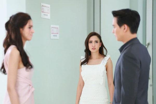 Chồng cặp bồ vẫn vênh mặt đổ lỗi do cô không biết làm vợ, chính cung liền tiết lộ 1 bí mật khiến anh rụng rời-1
