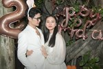 Toàn cảnh sinh nhật của Ngô Thanh Vân, đáng chú ý khoảnh khắc 'đả nữ điện ảnh' ôm chặt 'tình trẻ