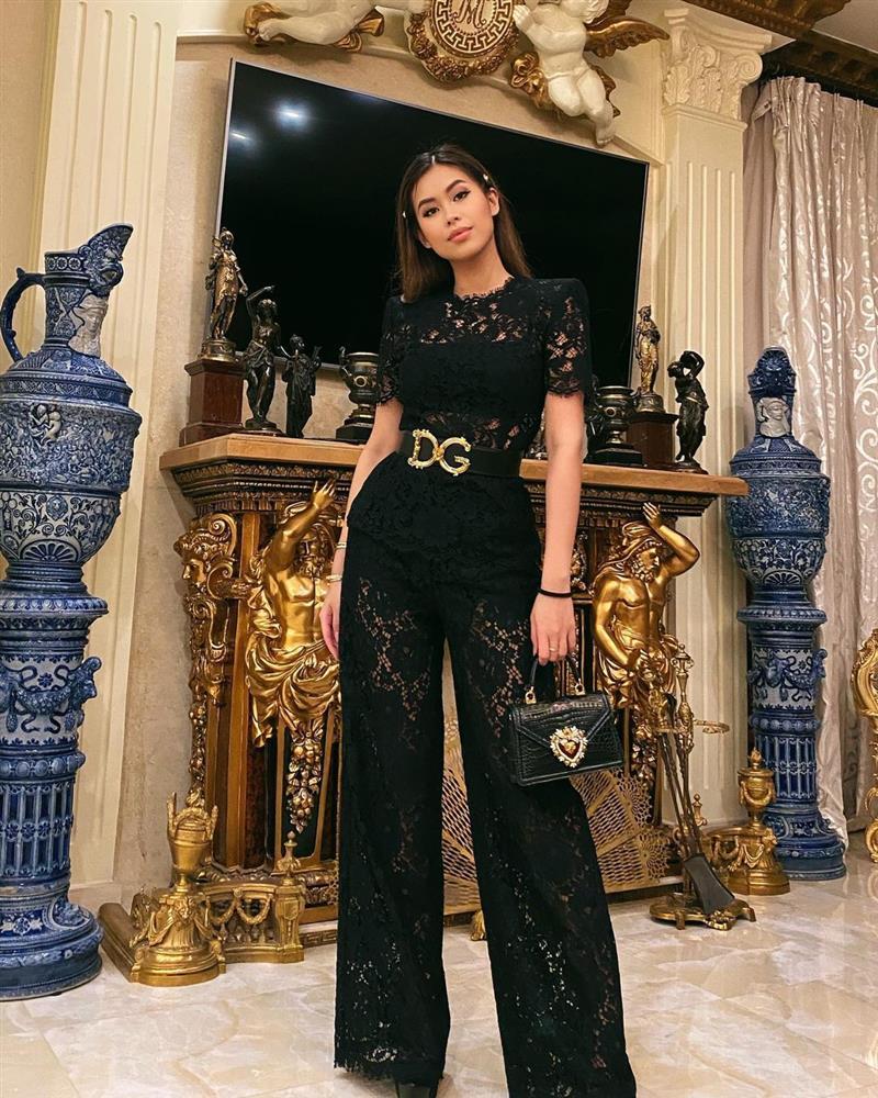 Tiên Nguyễn diện cả loạt váy áo ít người dám mặc, chứng minh thần thái đỉnh cao hiếm ai bì kịp-9