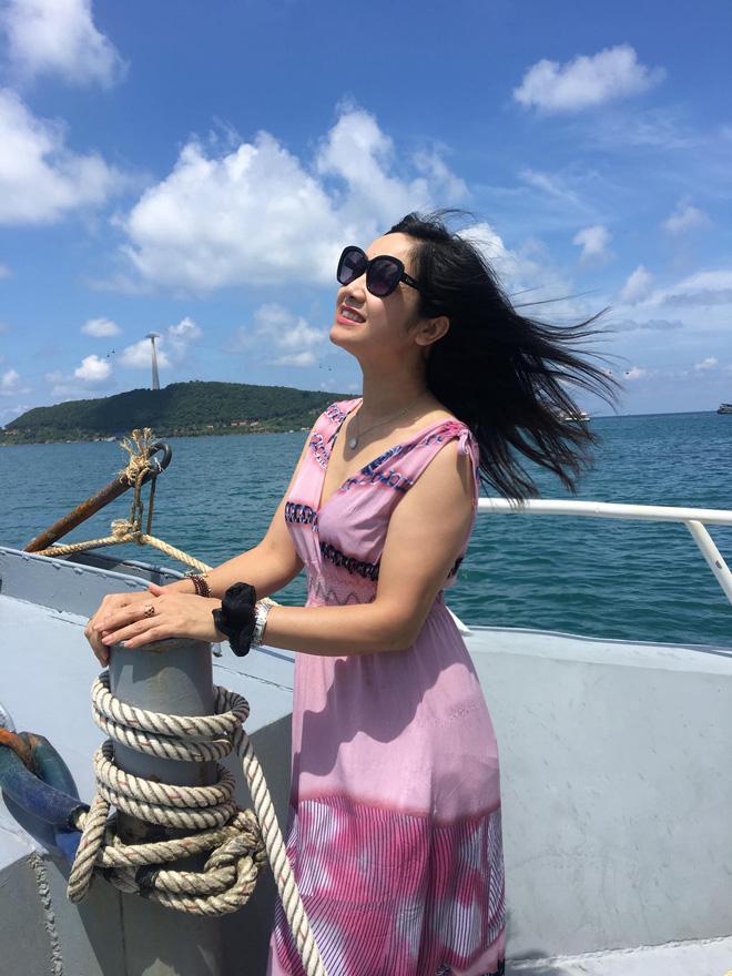 NSND Thu Hà: Nữ hoàng ảnh lịch thập niên 90 và cuộc sống ở tuổi 52-9