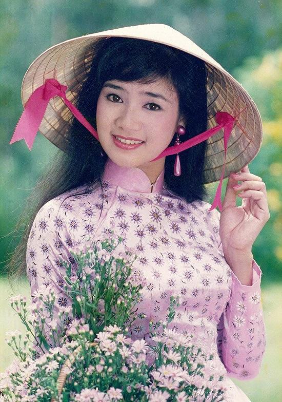 NSND Thu Hà: Nữ hoàng ảnh lịch thập niên 90 và cuộc sống ở tuổi 52-2