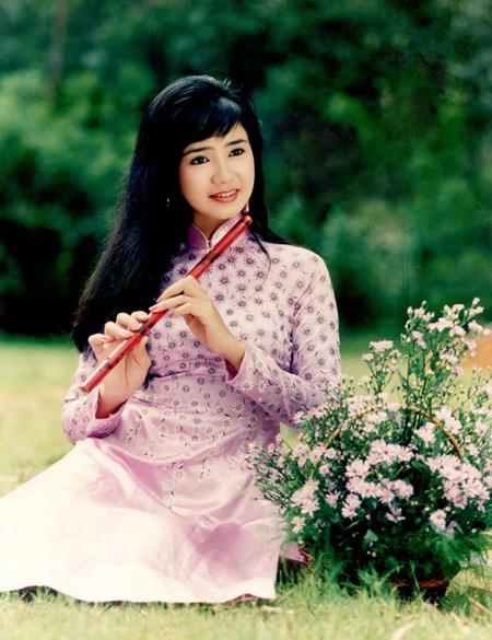 NSND Thu Hà: Nữ hoàng ảnh lịch thập niên 90 và cuộc sống ở tuổi 52-3