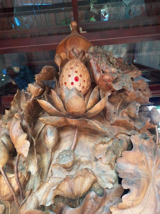 Choáng ngợp với bình hồ lô bằng gỗ, nặng 6 tấn độc nhất Việt Nam-7
