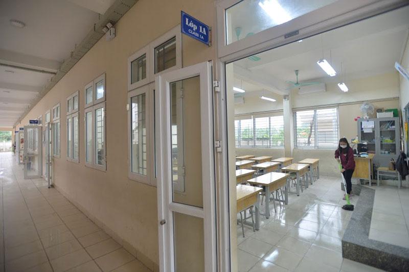 Trường Tiểu học Xuân Phương phun khử khuẩn, tổng vệ sinh toàn bộ khuôn viên trường sẵn sàng đón học sinh quay trở lại-11