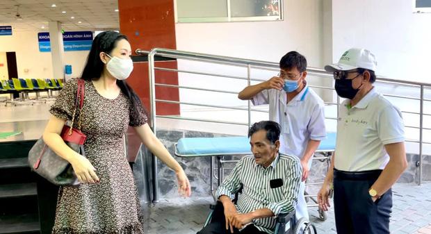 NS Thương Tín đã xuất viện sau 3 ngày đột quỵ, hình ảnh căn phòng trọ vỏn vẹn 20m2 tá túc cùng vợ gây xót xa-6