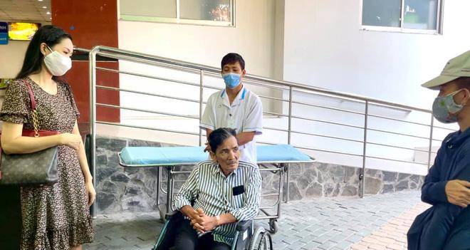 NS Thương Tín đã xuất viện sau 3 ngày đột quỵ, hình ảnh căn phòng trọ vỏn vẹn 20m2 tá túc cùng vợ gây xót xa-4