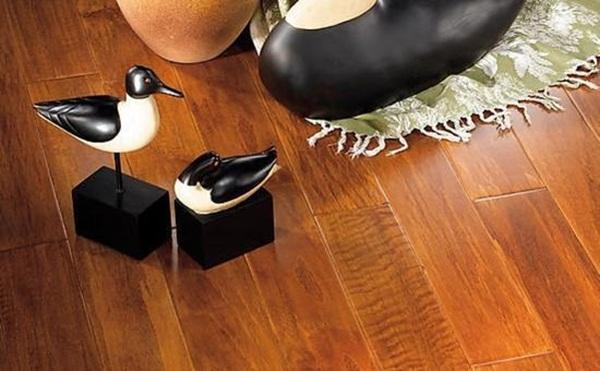 Làm thế nào để sàn nhà không bị ẩm ướt khi trời nồm? 8 cách này sẽ giúp bạn giải quyết nỗi lo-1