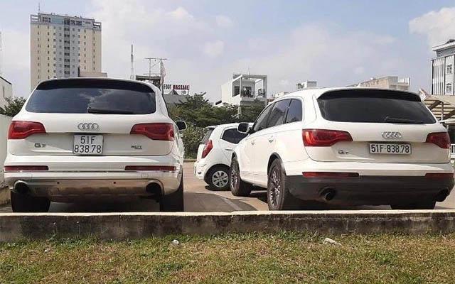 Hai xế hộp Mercedes cùng đời, cùng biển số lưu thông trên đường phố Hà Nội-2