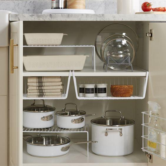 Trong nhà bếp, xoong nồi là thứ khó cất giữ nhất, nhưng nếu nắm bắt được hai điểm này, chúng sẽ được sắp xếp gọn gàng đến bất ngờ-7