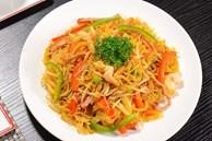 Đổi vị cho cả nhà với bún gạo xào Singapore siêu ngon