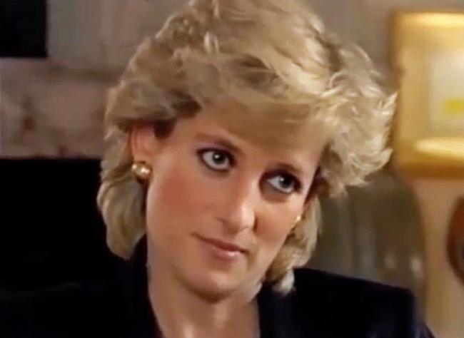 Meghan Markle sao chép y hệt Công nương Diana trong cuộc phỏng vấn mới nhưng phải muối mặt khi bị chê tơi bời-2