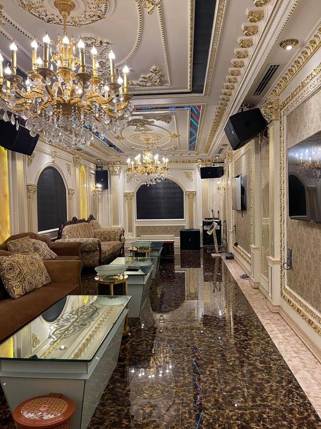Từng vay nợ, ở lán tạm bợ, đại gia sắt vụn giờ sống trong biệt thự 300 tỷ giữa Hà Nội, nội thất nhìn mà choáng váng-15