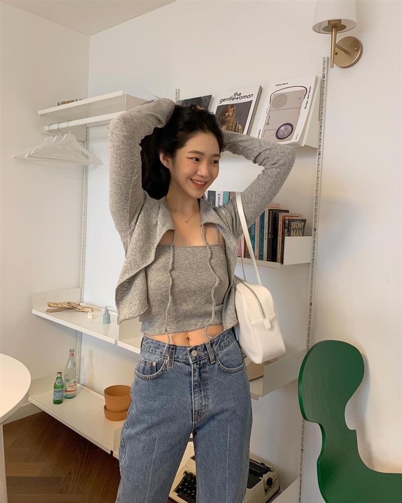 Làm mới loạt items cũ trong tủ đồ bằng 12 công thức mix&match xinh tươi, trendy của hội gái Hàn-11