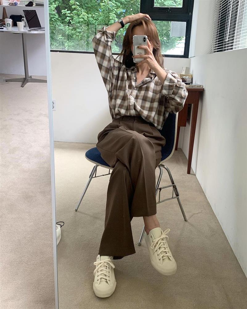Làm mới loạt items cũ trong tủ đồ bằng 12 công thức mix&match xinh tươi, trendy của hội gái Hàn-9