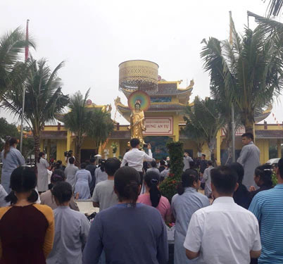 Dân địa phương kể chuyện khám, trị bệnh của ông Võ Hoàng Yên ở chùa-1