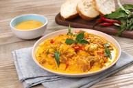 Mách chị em cách làm sụn gà sốt trứng muối: Dùng làm món chính hay món ăn vặt đều đi vào lòng người