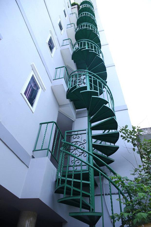 Chàng ca sĩ Vbiz là cậu ấm có nhà 200 tỷ 6 tầng to đùng ở ngay trung tâm quận 1 Sài Gòn-7