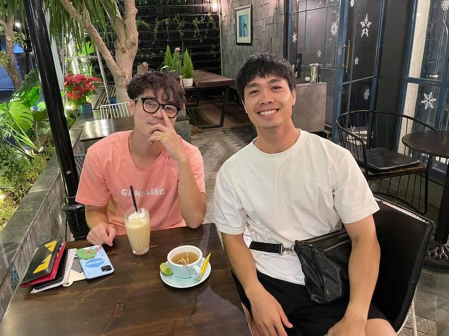 Công Phượng cafe tán gẫu với Văn Toàn, Đặng Văn Lâm bình luận một câu nghe thấy thương-1