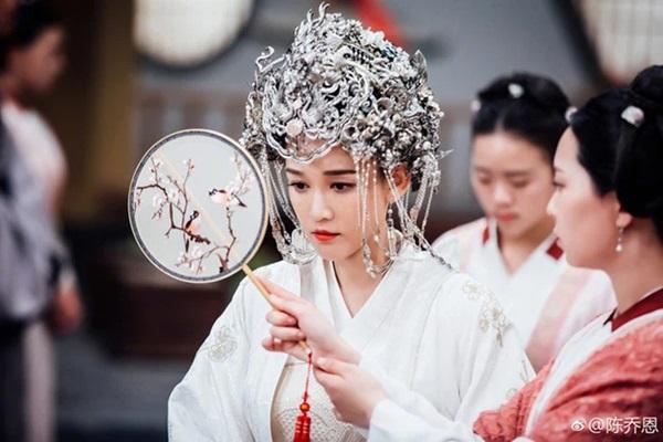 Vị Hoàng hậu nhân đức nhất nhà Hán: Gia tộc sa sút phải nhập cung đổi đời, 21 tuổi nắm quyền hậu cung, không con cái nhưng được người người tôn kính-2