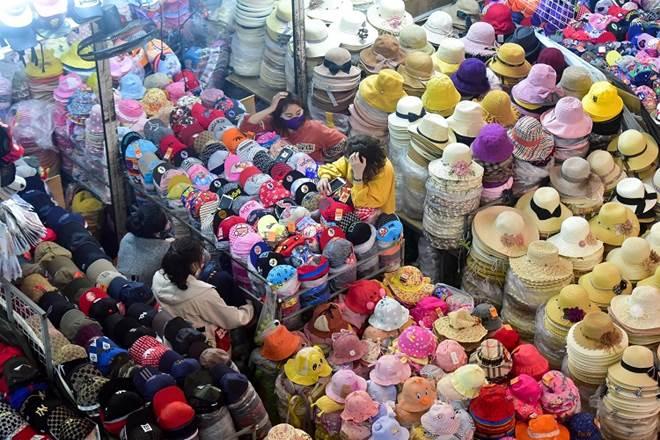 Khung cảnh chưa từng có tại chợ đầu mối lớn nhất Hà Nội-6