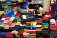 Khung cảnh 'chưa từng có' tại chợ đầu mối lớn nhất Hà Nội