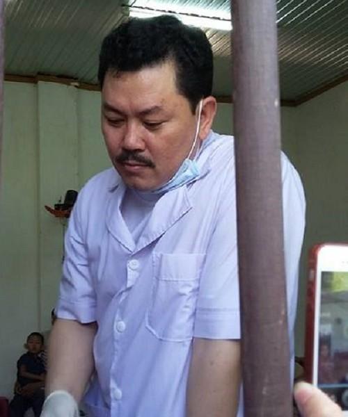 Nổi da gà xem ông Võ Hoàng Yên chữa câm điếc bẩm sinh 15 năm bằng tay không trong loạt clip triệu view: Có phải là thần y như lời đồn?-1