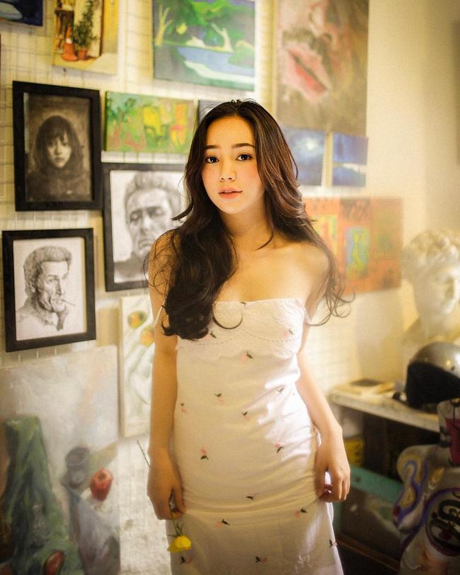 Quỳnh Kool - tiểu thư bị ghét nhất Hướng Dương Ngược Nắng: Style ngoài đời cực sành điệu, mê nhất là những khi diện váy-12