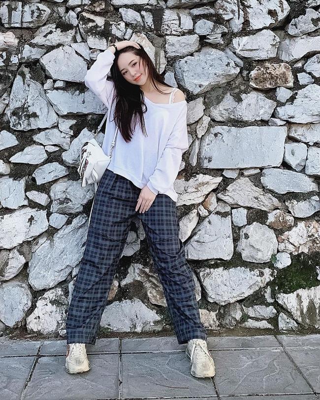 Quỳnh Kool - tiểu thư bị ghét nhất Hướng Dương Ngược Nắng: Style ngoài đời cực sành điệu, mê nhất là những khi diện váy-6