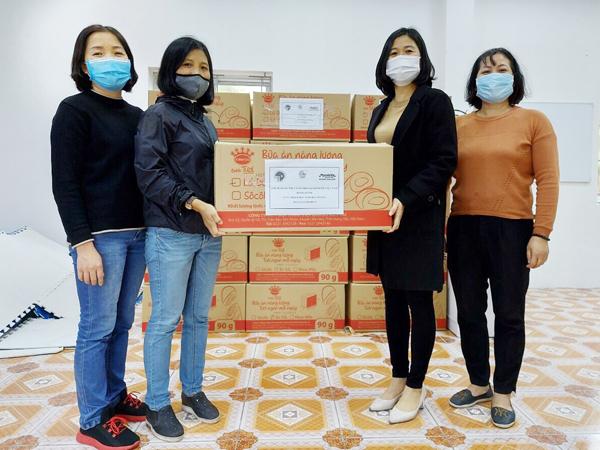 Mondelez Kinh Đô trao hàng nghìn sản phẩm tiếp sức vùng dịch-3