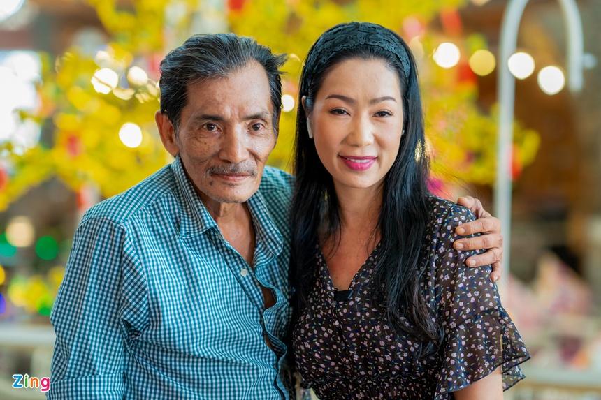 Nghệ sĩ Thương Tín được tặng ôtô và 400 triệu đồng-3