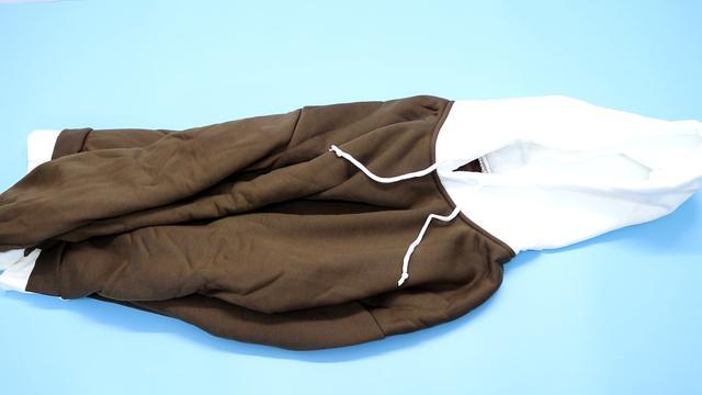 Quần áo mới mua nên giặt thế nào mới đúng? Nếu không biết đến cách này thì chỉ khiến quần áo nhanh bị bạc, lem màu-5