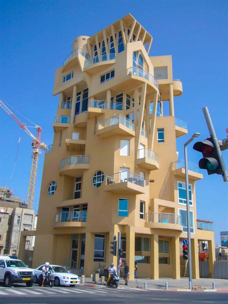 Những ngôi nhà có thiết kế kỳ quái, độc đáo trên thế giới-10