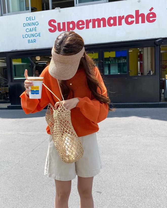 Học lỏm 4 công thức phối màu chuẩn đét, mix bừa cũng có outfit đỉnh như fashionista!-12