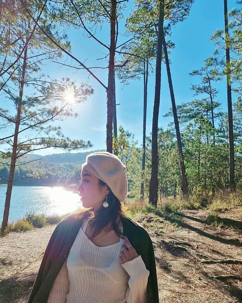 Xuýt xoa không thôi với loạt ảnh du lịch cực chill của Mi Vân: Style đơn giản nhưng nhan sắc mẹ bỉm vẫn đỉnh quá!-2