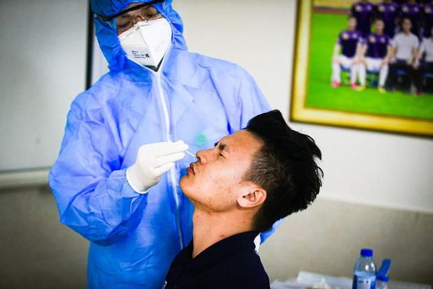 Quang Hải, Bùi Tiến Dũng được đề nghị ưu tiên sử dụng vaccine Covid-19-1