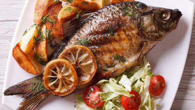 Có 1 cách đánh bay mùi tanh của cá, xem hướng dẫn chắc chắn 99% các mẹ sẽ ngỡ ngàng vì trước giờ không biết-6