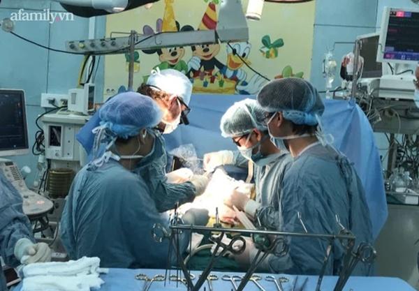Bé gái 8 tuổi ở Đà Lạt bất ngờ chảy máu vùng kín, phải xuống TP.HCM phẫu thuật vì căn bệnh hiếm gặp-3