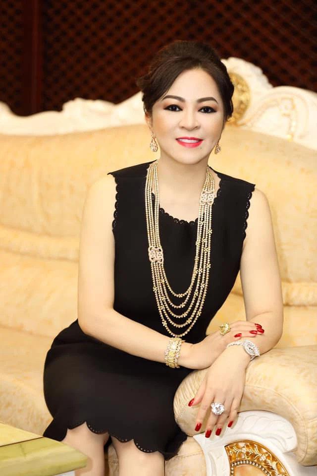 Vợ ông Dũng lò vôi - bà chủ khu du lịch Đại Nam 6.000 tỷ: Tôi là Nguyễn Phương Hằng, tôi đi hiên ngang bên đời anh Dũng-1