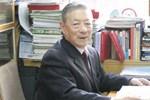 Bị nhồi máu não và ung thư thận, sau hơn 15 năm vẫn khỏe mạnh, bác sĩ 98 tuổi ở Trung Quốc chia sẻ 2 bí quyết sống khỏe