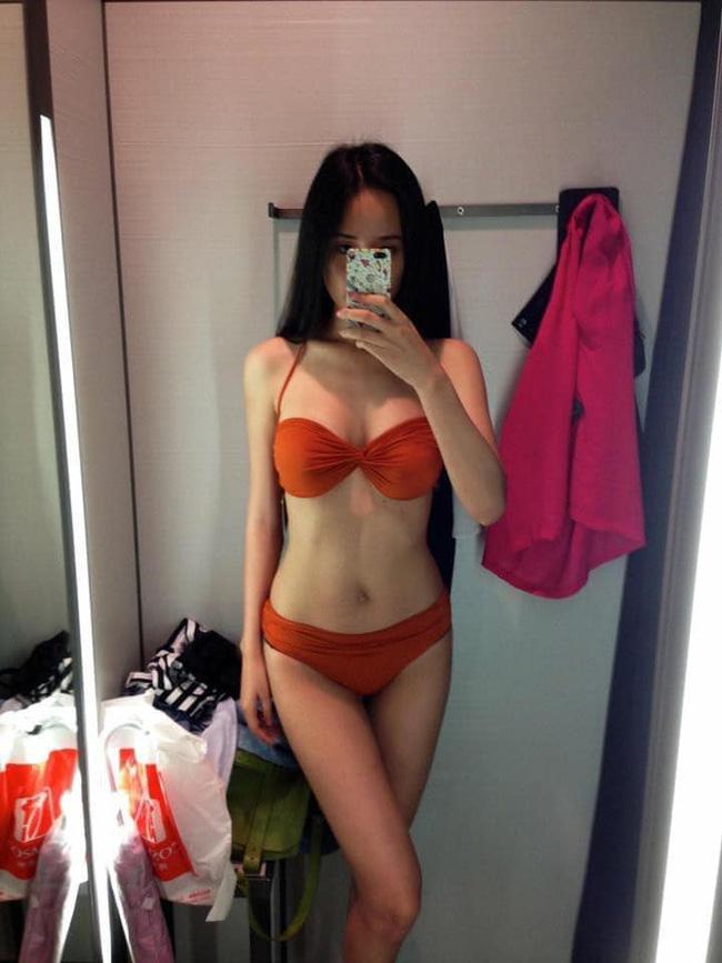 Mai Phương Thúy bất ngờ khoe ảnh diện bikini, khoe body căng đét khiến nhiều người ngỡ ngàng-1