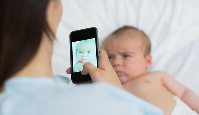 Những thói quen cực kỳ nguy hiểm cho trẻ sơ sinh mà bố mẹ nào cũng mắc phải hàng ngày, nghiêm trọng nhất là hành động số 2-4