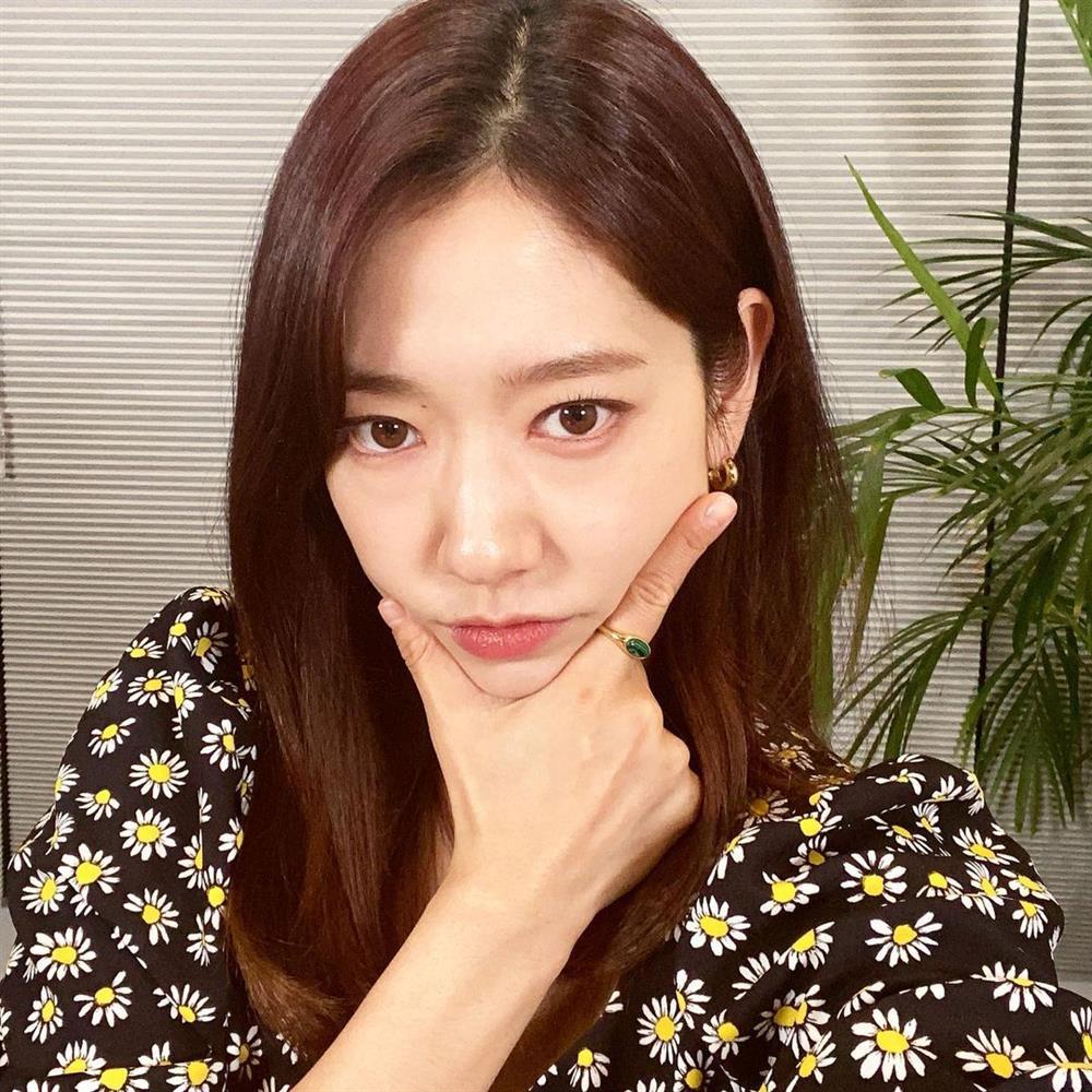 5 kiểu tóc sao Hàn 30+ đang kết thân để trông trẻ như gái đôi mươi, vẻ sang - xịn - mịn thì khỏi bàn cãi-2