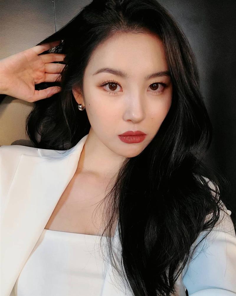 5 kiểu tóc sao Hàn 30+ đang kết thân để trông trẻ như gái đôi mươi, vẻ sang - xịn - mịn thì khỏi bàn cãi-3