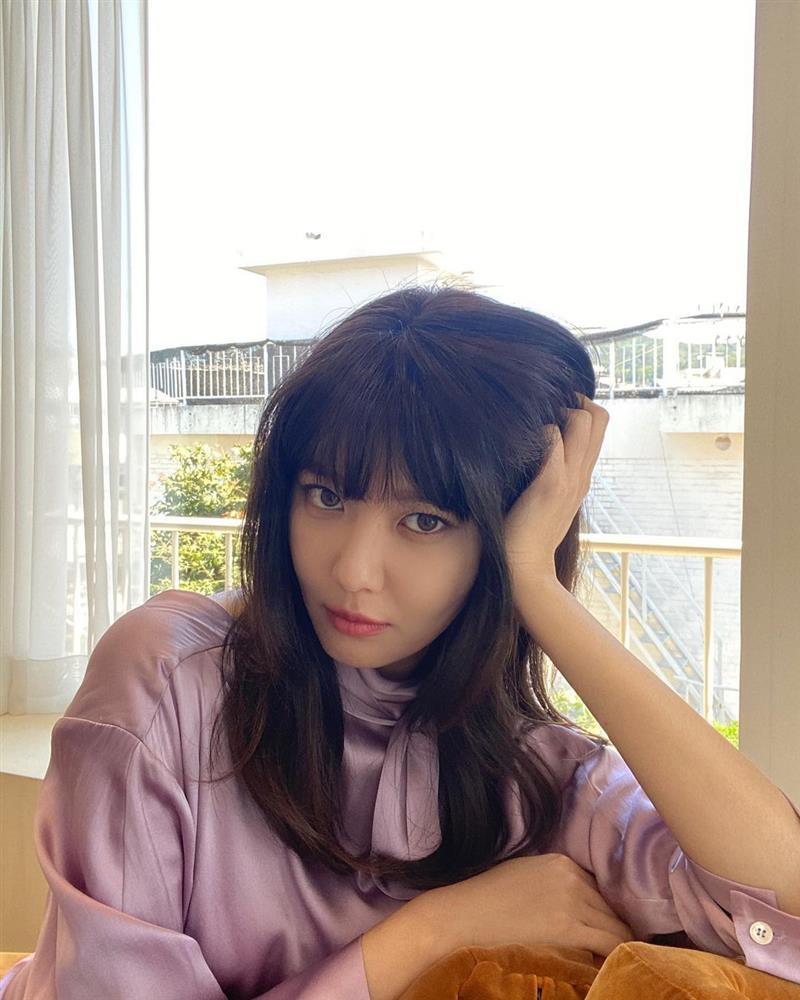 5 kiểu tóc sao Hàn 30+ đang kết thân để trông trẻ như gái đôi mươi, vẻ sang - xịn - mịn thì khỏi bàn cãi-7