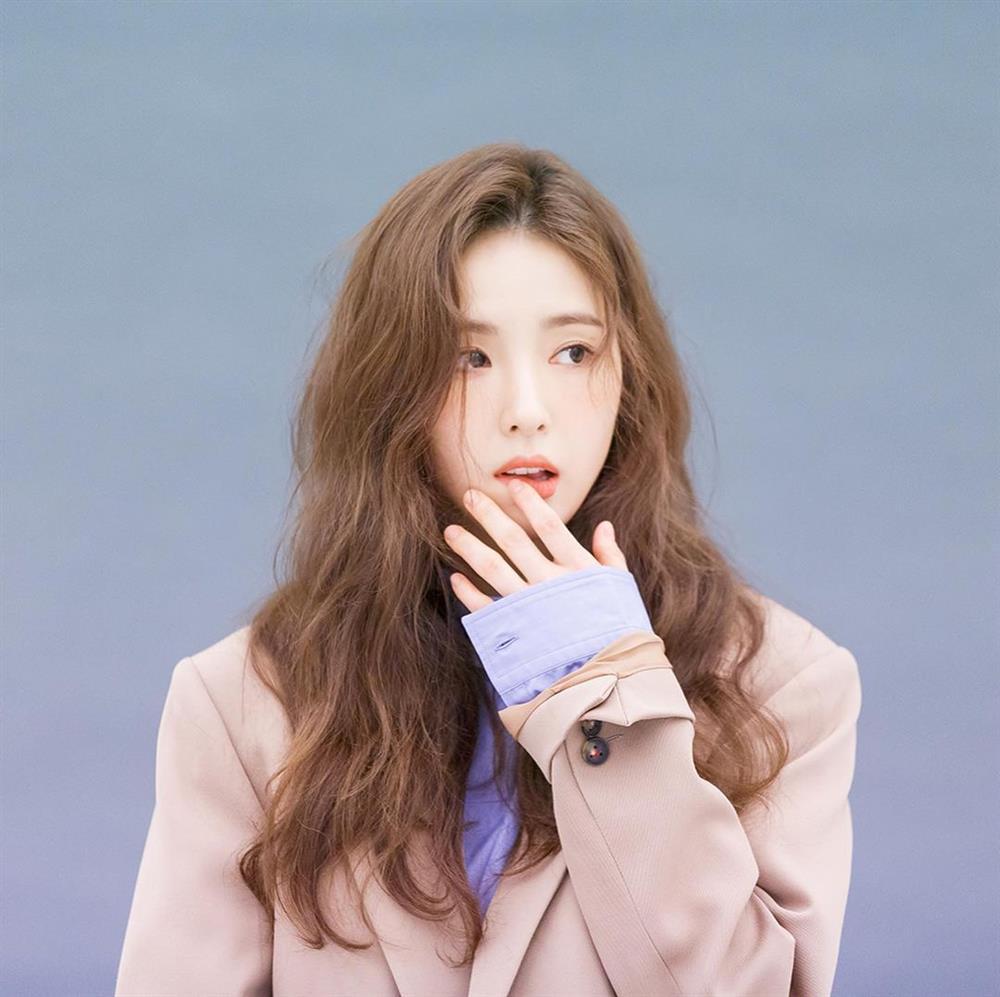 5 kiểu tóc sao Hàn 30+ đang kết thân để trông trẻ như gái đôi mươi, vẻ sang - xịn - mịn thì khỏi bàn cãi-11