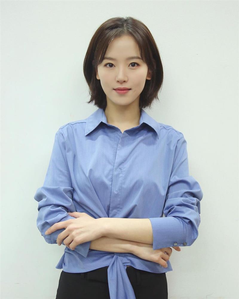 5 kiểu tóc sao Hàn 30+ đang kết thân để trông trẻ như gái đôi mươi, vẻ sang - xịn - mịn thì khỏi bàn cãi-19